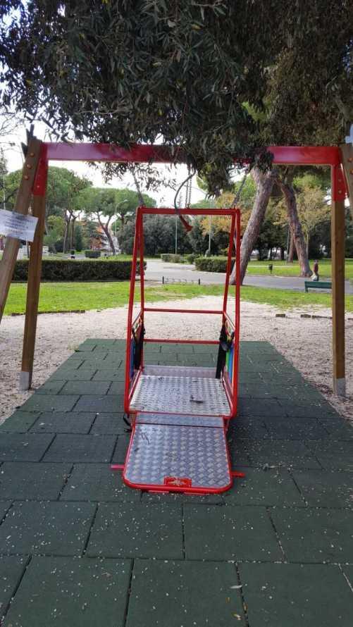 parco giochi latina 1